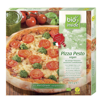 Wood-fired pizza pesto vegan