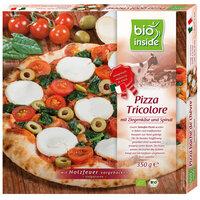 Holzofen-Pizza Tricolore